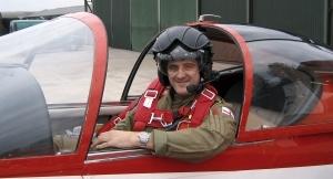 Steve_truglia_flying_300