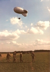Steve_parachuting_at_hulavington